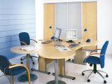Мебель в оформлении интерьера арендованного офиса