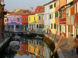 Удивительно! Венеция построена на окаменелых лиственничных сваях!