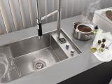 Современные материалы и технологии помогут сохранить чистоту на кухне