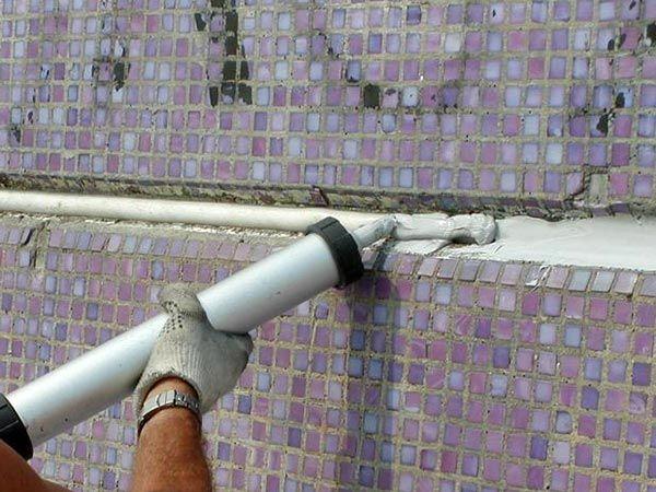 Заделка швов и гидроизоляция тела трубы