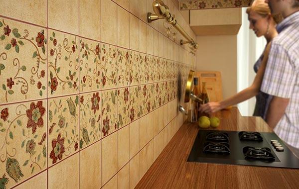 Сколько стоит укладка фартука на кухне